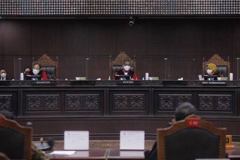 Hakim MK Pertanyakan Orient yang Tak Beri Tahu KPU soal Status Warga Negara AS