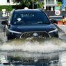Seberapa Aman Mobil Listrik Bisa Melintasi Banjir?