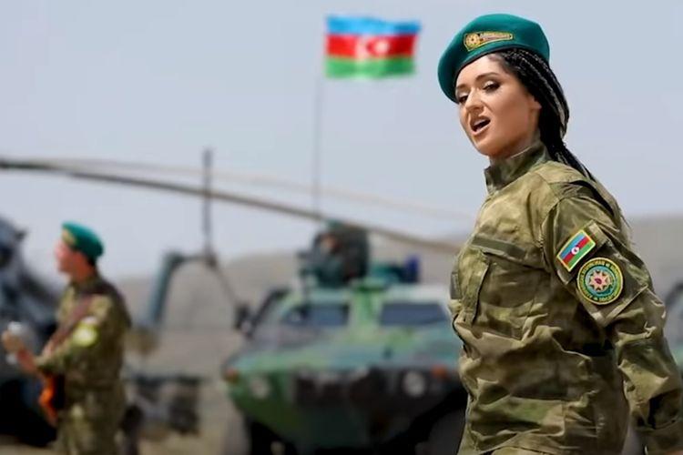 Cuplikan video musik lagu metal yang menggambarkan kekuatan militer Azerbaijan.