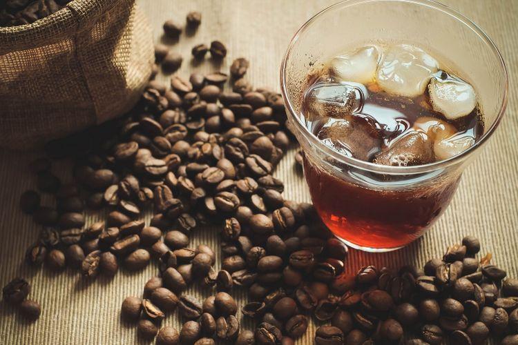 Kopi Cold Brew yang memiliki sifat asam kebih rendah dari kopi biasa