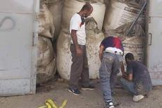 Viral, Foto Pekerja Mengelas Pintu Gudang Amonium Nitrat Sebelum Ledakan Lebanon