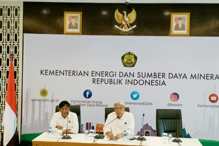 Konferensi pers Direktur Jendral (Dirjen) Mineral dan Batubara, Kementerian Energi dan Sumber Daya Mineral (ESDM) Bambang Gatot Ariyono di Kantor Pusat Kementerian ESDM, Jakarta, Kamis (11/1/2018).
