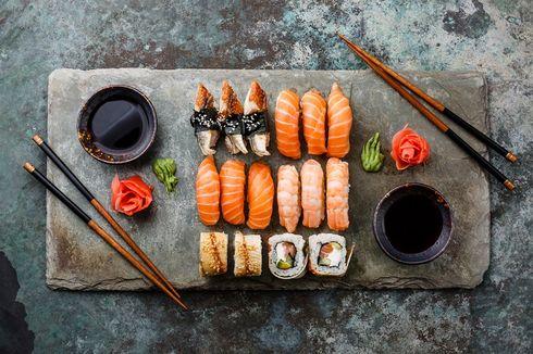 5 Cara Makan Sushi yang Tepat, Jangan Celup Nasi ke Kecap Asin