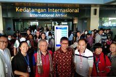 150 Turis China yang Berwisata ke Sumbar Akhirnya Pulang