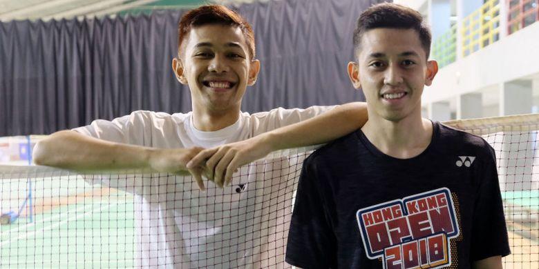 Pasangan ganda putra Indonesia, Fajar Alfian/Muhammad Rian Ardianto, berpose di hall pelatnas, Cipayung, Jakarta, jelang Malaysia Masters 2019.