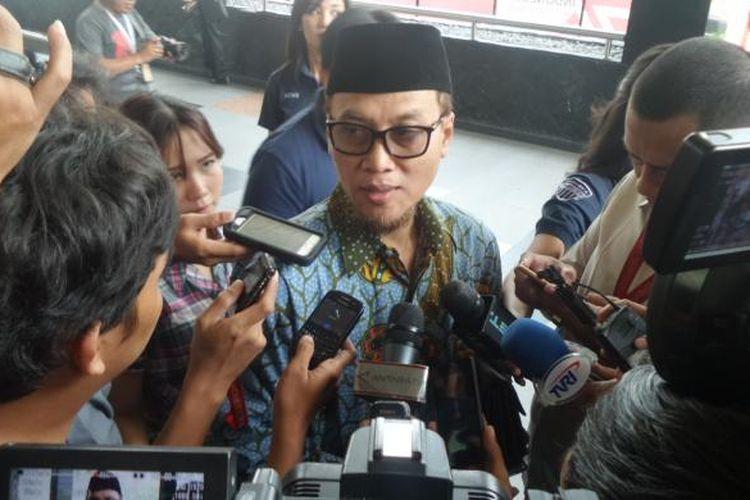 Inspektur Jenderal Kementerian Agama M Jasin di Gedung KPK, Jakarta, Selasa (23/8/2016).
