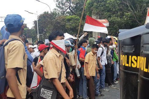 Bentrok Pelajar dan Polisi Meluas hingga Jalan Gerbang Pemuda