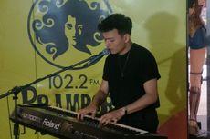 Lepas Gitar, Rendy Pandugo Main Piano di Album Mini Chapter One