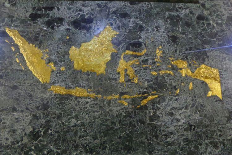 Peta Indonesia di dalam Ruang Kemerdekaan di cawan Tugu Monas.