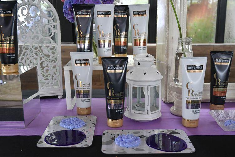 Rangkaian produk sampo ungu TRESemme Color Radiance & Repair.