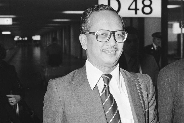Mochtar Kusumaatmadja. Foto diambil pada 17 November 1978.