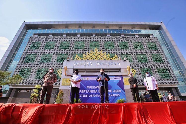 Menteri Badan Usaha Milik Negara (BUMN) Erick Thohir saat meresmikan beroperasinya Rumah Sakit Bintang Amin, Lampung, Minggu (8/8/2021).