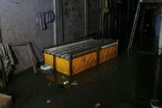 Banjir Kiriman Tiba, Kampung Pulo Tergenang 2,5 Meter