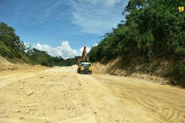 Proses pembangunan Jalan Lingkar Kota Kendari, Provinsi Sulawesi Tenggara (Sultra).