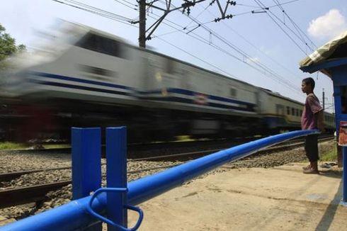 Kereta Api Tergelincir di Cianjur, 2 Gerbong Tertinggal