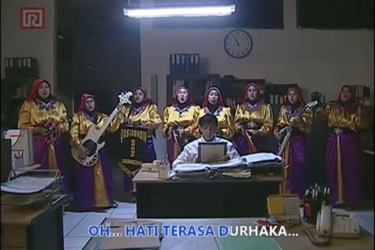 Iklan Ramayana karya sutradara Dimas Djay.