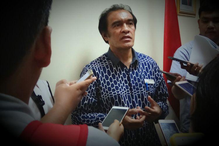 Komisioner Ombudsman RI, Laode Ida ditemui di kantor Ombudsman RI, Kuningan, Jakarta, Senin (22/5/2017).