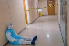 Saat 18 Dokter Indonesia Gugur Perangi Corona: Minimnya APD hingga Ditolak RS