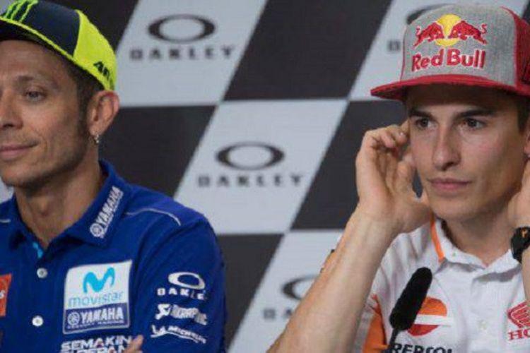 Valentino Rossi dan Marc Marquez saat jumpa pers jelang MotoGP Italia, Kamis (31/5/2018).
