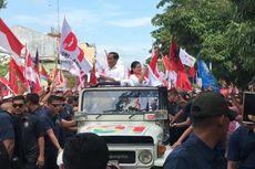 Dari Jip Putih, Jokowi dan Iriana Sapa Pendukungnya di Banyumas