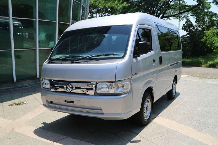 Suzuki Carry minibus yang baru saja diluncurkan PT Suzuki Indomobil Sales.