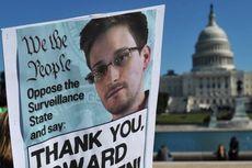 """Kenapa Snowden """"Alergi"""" iPhone?"""
