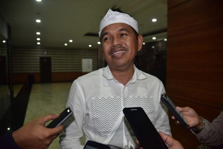 Ketua Tim Kampanye Daerah Jokowi-Maruf Amin Jawa Barat, Dedi Mulyadi usai rapat koordinasi di Bandung, Jumat (1/3/2019) malam.