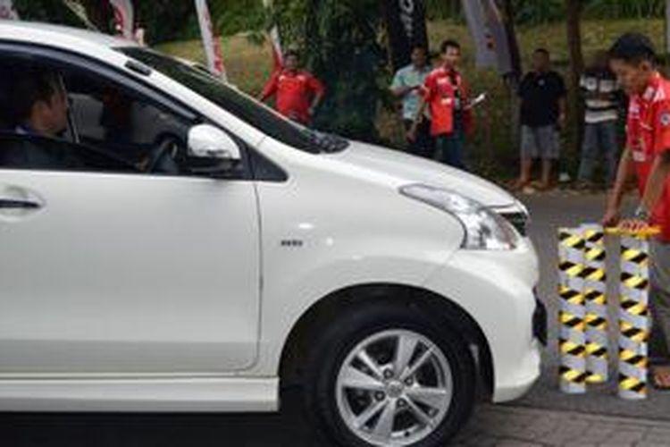 Avanza-Xenia Indonesia Club (AXIC) gelar edukasi keselamatan berkendara di Semarang, Jawa Tengah, Sabtu (9/5/2015).