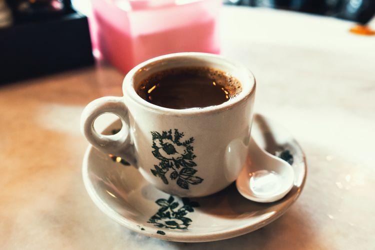 Secangkir kopi di Kopitiam.