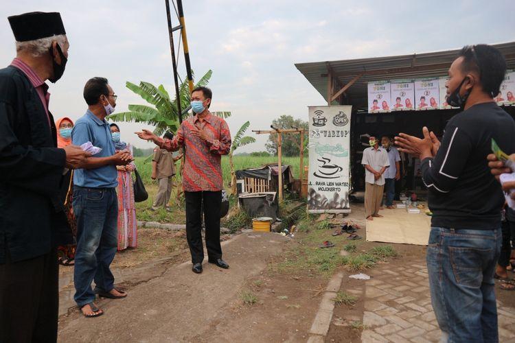 Calon Bupati Mojokerto Yoko Priyono, saat kampanye tatap muka di wilayah Jetis, Kabupaten Mojokerto, Jawa Timur, Rabu (21/10/2020).