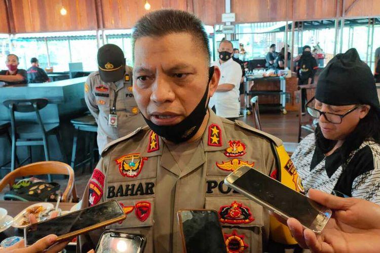 Kapolda Maluku, Irjen Pol Baharudin Djafar saat diwawancarai wartawan di Ambon, Selasa (6/10/2020)