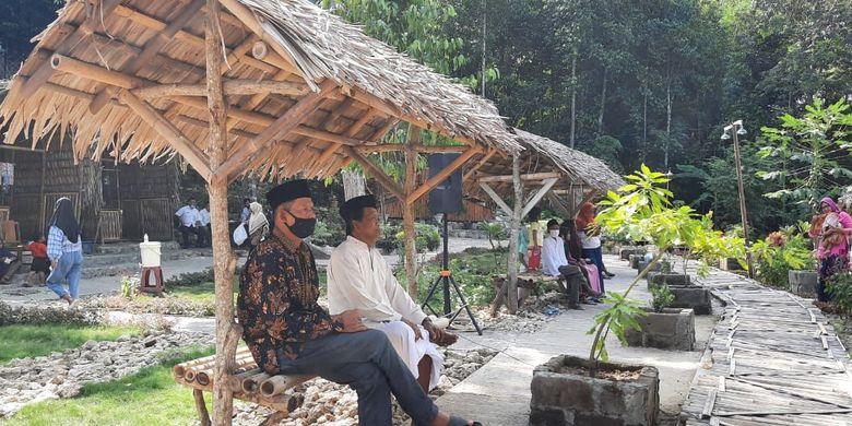 Tempat wisata Taman Jati Larangan di Dusun Iroyudan, Kecamatan Pajangan, Kabupaten Bantul.