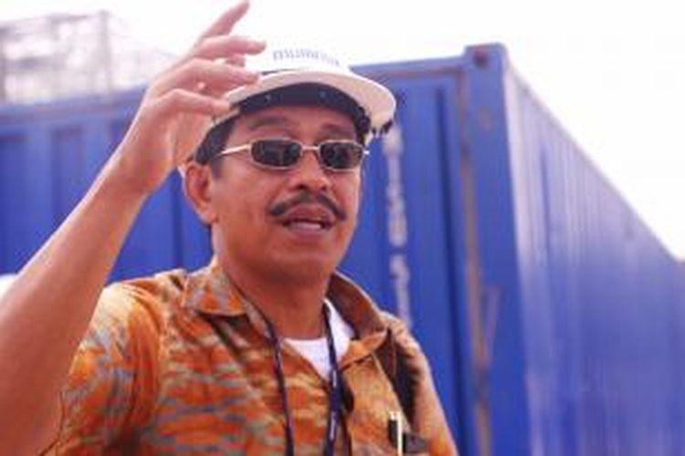 Direktur Umum Lion Air, Edward Sirait, saat meninjau Batam Aero Teknik, di Batam, Kep.Riau, Kamis (29/8/2013).