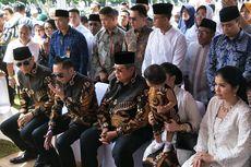 SBY Ucapkan Terima Kasih kepada Masyarakat yang Ziarah ke Makam Ibu Ani