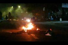 Tak Terima Seorang Remaja Meninggal karena Kecelakaan, Warga Blokade Jalan di Kota Sorong