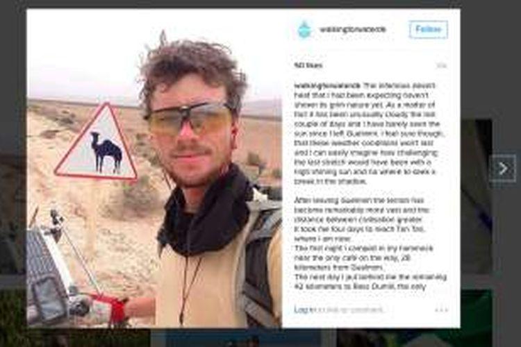 Charlie Uldahl Christensen adalah seorang pria 28 tahun asal Denmark. Dia berjalan kaki dari negara asalnya menuju Tanzania.