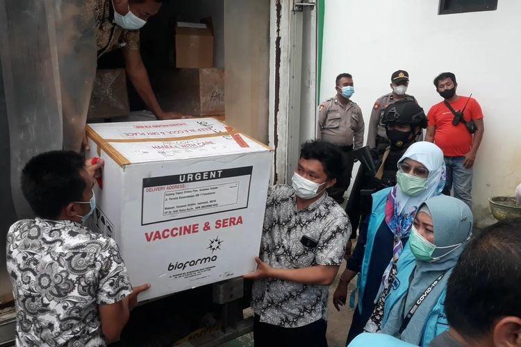 Sebanyak 4.720 dosis Vaksin Sinovac tiba di Dinas Kesehatan, Kota Palopo, Sulawesi Selatan, Kamis (28/01/2021) petang