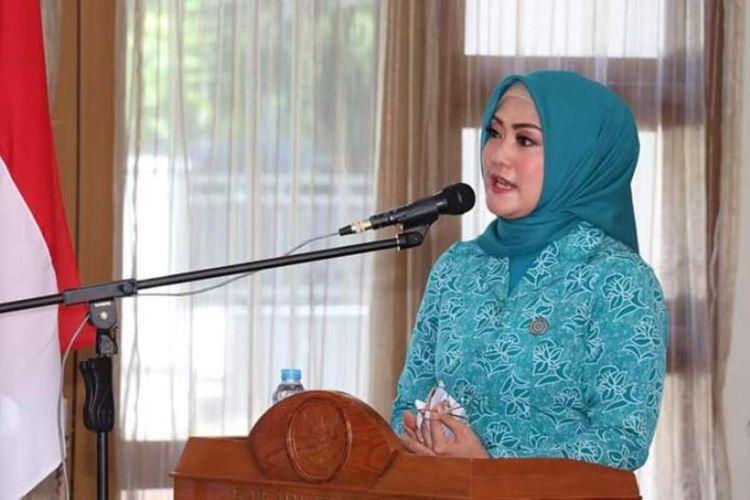 Isteri Gubernur Maluku, Widya Murad Ismail