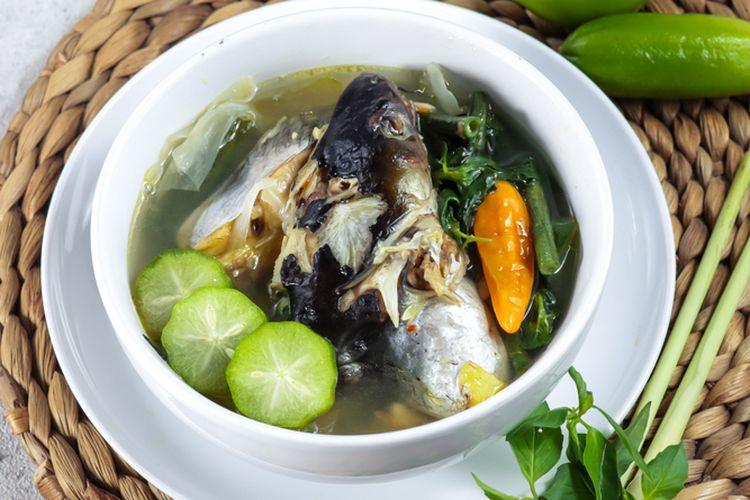 Ilustrasi sayur asem ikan laut khas Kalimantan.