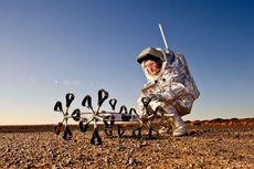 Ilmuwan Hungaria Kembangkan Rover Pelacak Air di Bulan