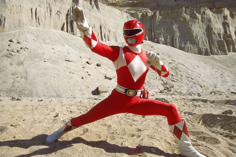 Austin St John, sang Ranger Merah pertama, yang di serialnya dikenal sebagai Jason Lee Scott, beraksi dalam serial Mighty Morphin Power Rangers.