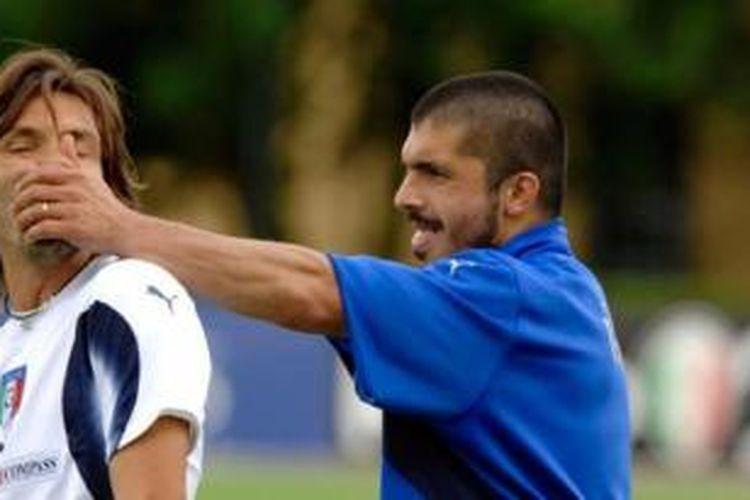 Andrea Pirlo dan Gennaro Gattuso saat masih bermain bersama.