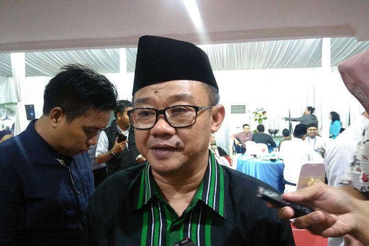 Sekretaris Jenderal Pengurus Pusat Muhammadiyah Abdul Mu'ti ditemui di kediaman Menteri Pendidikan dan Kebudayaan (Mendikbud) Muhadjir Effendy, Jakarta, Selasa (20/6/2017).