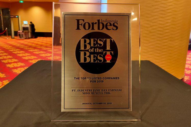 Plakat Penghargaan Forbes untuk Sido Muncul. (30/10/2019)