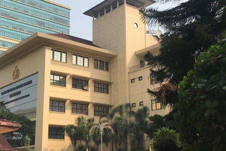 Gedung Mabes Polri, Jalan Trunojoyo Nomor 3, Jakarta Selatan.