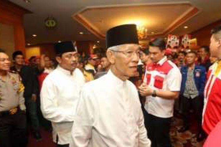 Gubernur Kepulauan Riau, HM Sani.