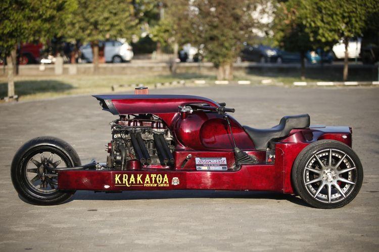 Motor custom dengan konsep trike dari Satan Soul Custom