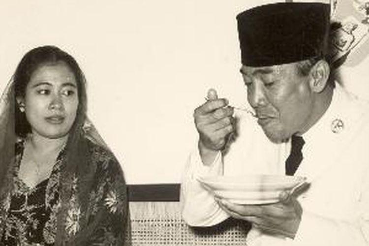 Presiden Soekarno dan Ibu Fatmawati