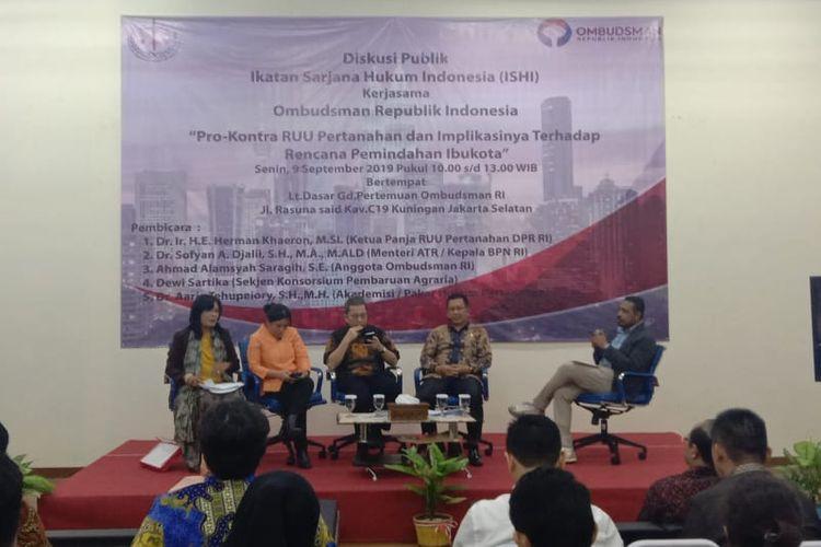 Ombudsman RI menggelar diskusi bertajuk Pro-Kontra RUU Pertanahan dan Implikasinya terhadap Rencana Pemindahan Ibu Kota di Gedung Ombudsman RI, Jakarta Selatan, Senin (9/9/2019).