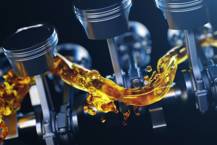 Ilustrasi oli bekerja pada mesin mobil
